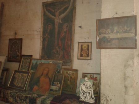 Excess religious art