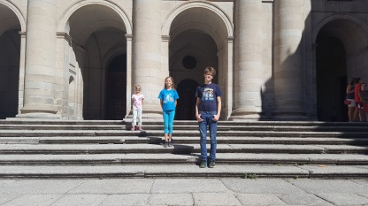Miller kids at San Lorenzo de el Escorial